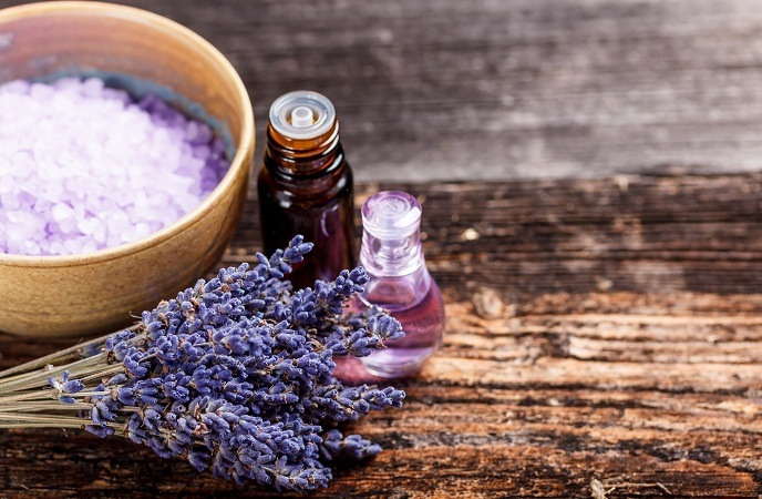 home remedies for scabies-pure lavender oil