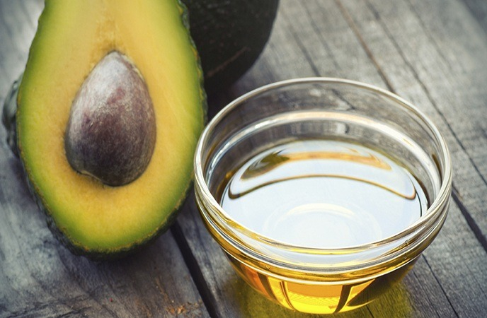home remedies for split ends-hair care with avocado