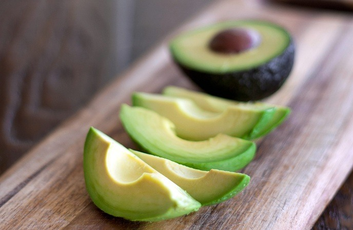how-to-get-thicker-hair-avocado